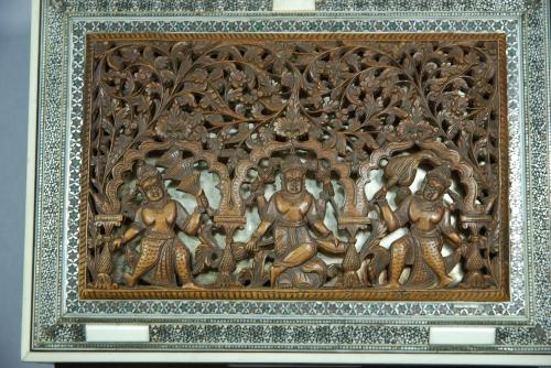 Anglo Indian finely carved sandalwood box