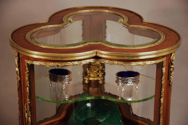 Late 19thc French trefoil shaped vitrine