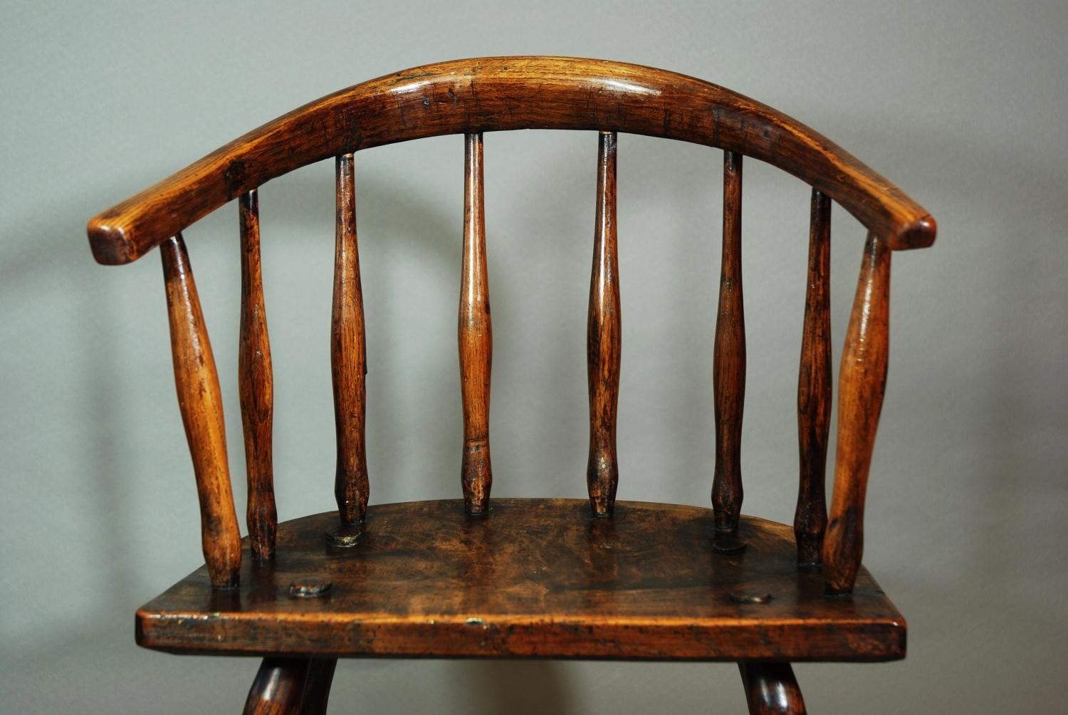 Windsor child's chair of superb patina