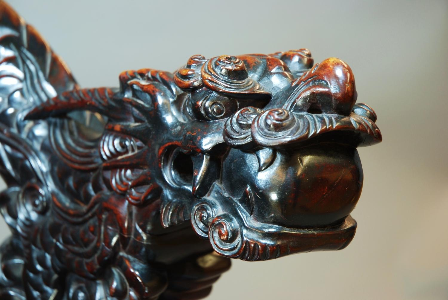 ... Pair of heavily carved Chinese dragon chairs - picture 4 ... - Pair Of Heavily Carved Chinese Dragon Chairs In SOLD ARCHIVE