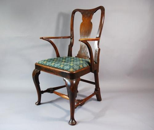 18thc walnut vase back open armchair