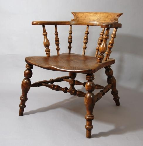 19thc Smokers Bow Windsor chair