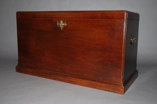 18th mahogany blanket chest