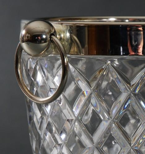 Diamond cut glass ice bucket