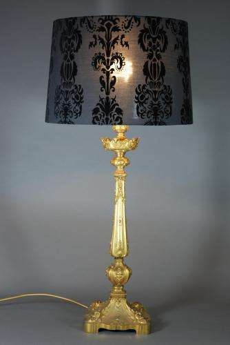 French Ormolu lamp of fine quality