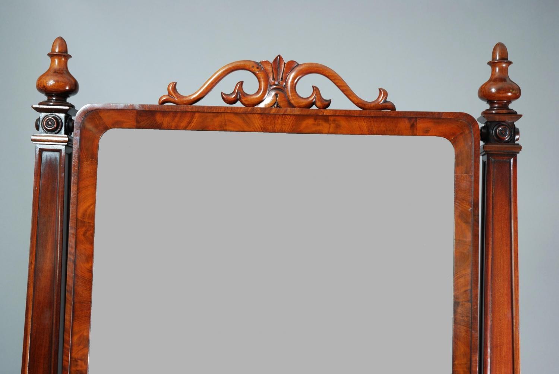 Superb quality 19thc mahogany cheval mirror