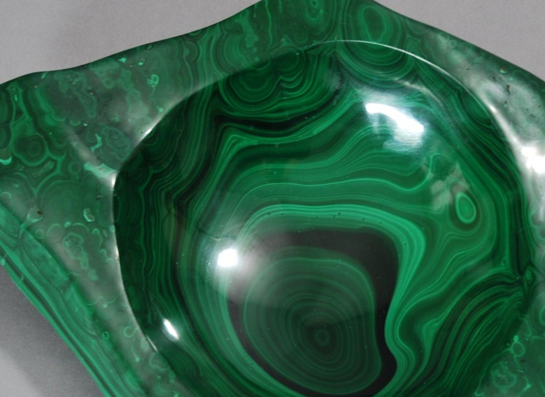 Decorative malachite sculpted & polished bowl