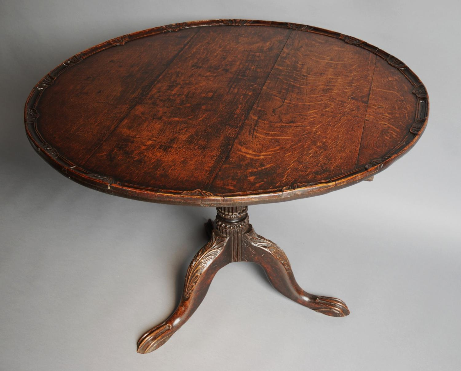 Late 18thc large oak tripod tilt table