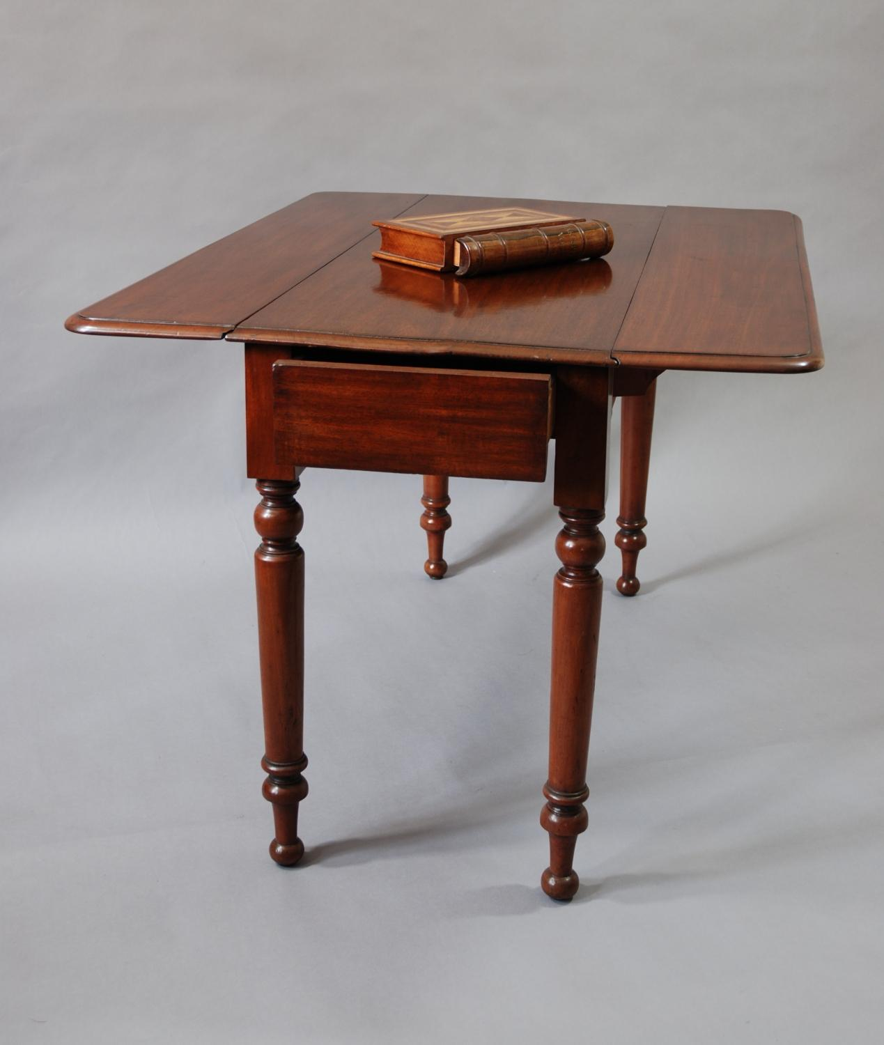 19th century mahogany pembroke table in tables for Table th width