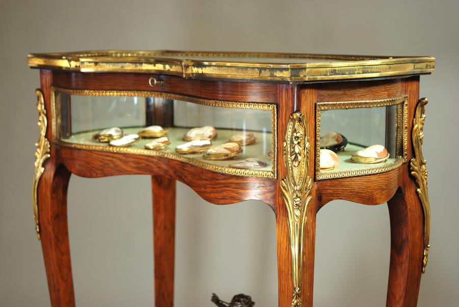19thc fine quality French bijouterie table