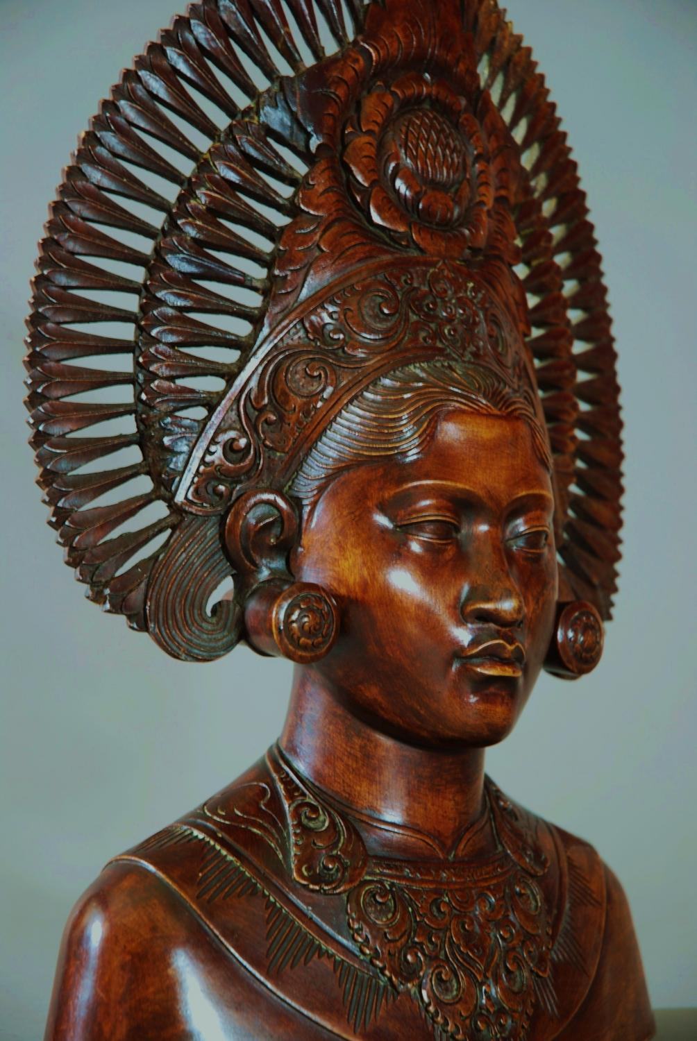 Mid 20thc Carved Bust Of Balinese Woman In Sold Archive