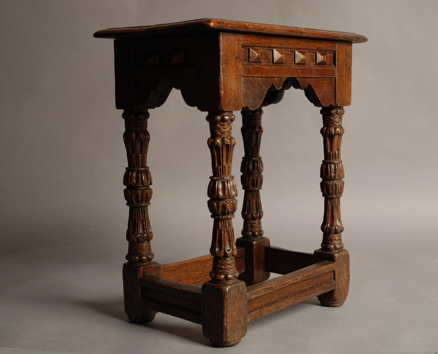 Mid/late 19thc oak joint stool in 16thc style