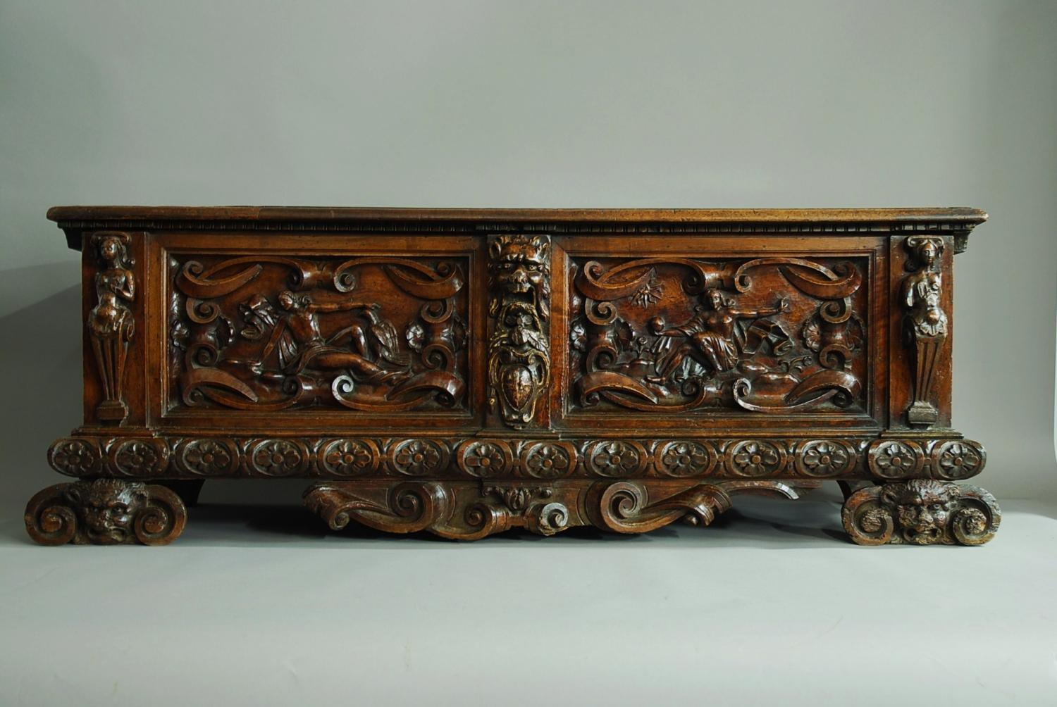 Italian late 16th century walnut cassone