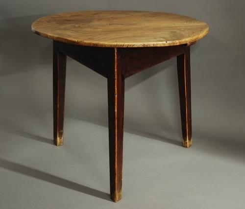 Mid 19th century elm cricket table