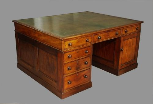 Early 19th century mahogany partners desk