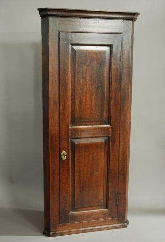 18thc oak corner cupboard of tall proportions