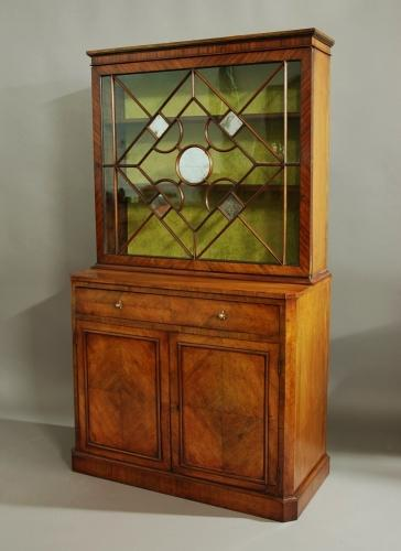French 19th century small Kingwood bookcase