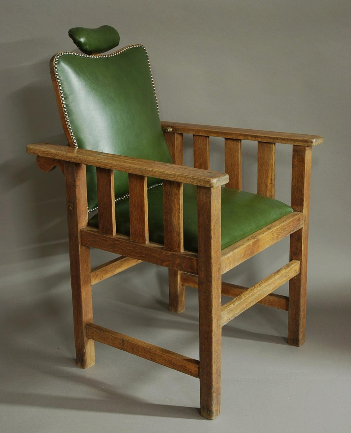 Early 20thc Arts & Crafts oak barber's chair