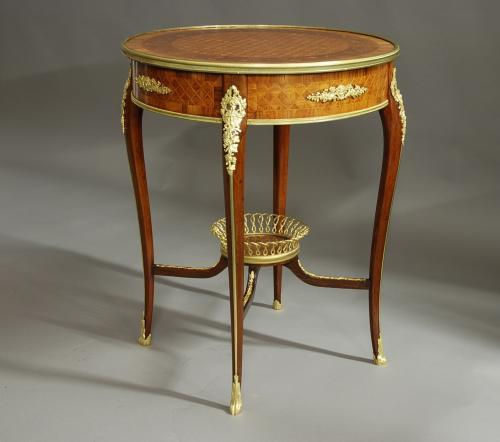 Superb quality 19thc centre table