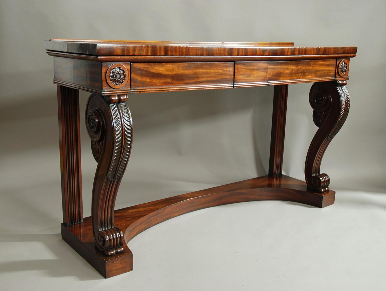 Superb quality 19thc mahogany console table