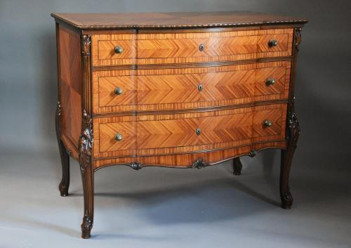 French fine quality satinwood commode