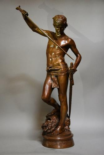 Large bronze sculpture 'David Vanqueur'