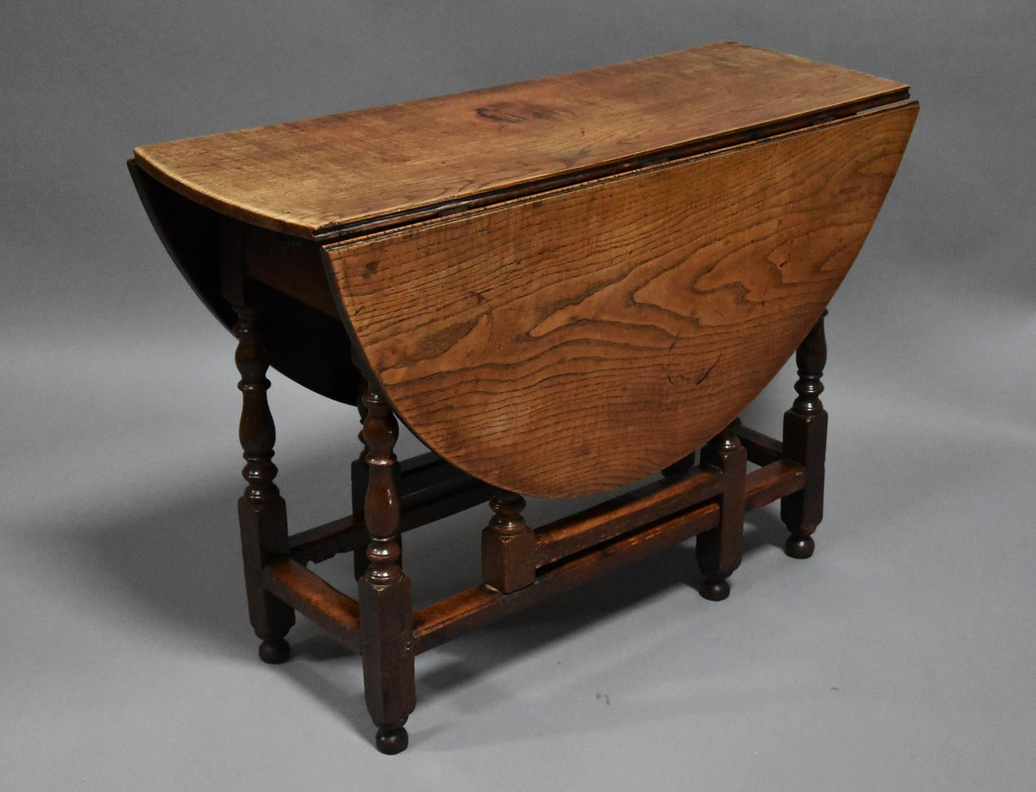 Early 18thc oak and ash oval gateleg table