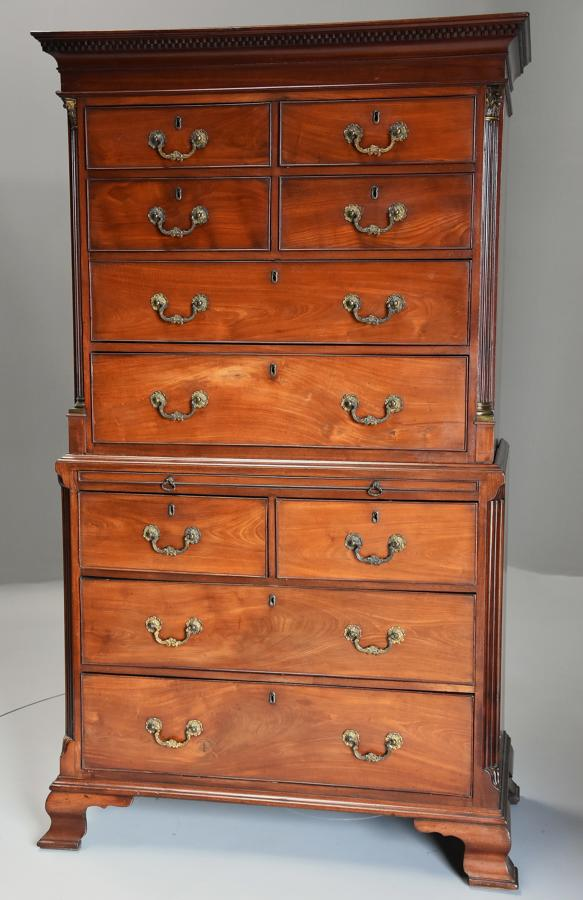 Superb quality late 18th century mahogany chest on chest