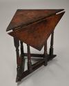 Rare & unusual late 17th century oak gateleg corner table - picture 3