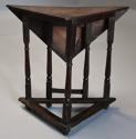 Rare & unusual late 17th century oak gateleg corner table - picture 6