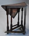 Rare & unusual late 17th century oak gateleg corner table - picture 7