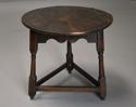 Early 18th century oak cricket table - picture 2