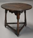 Early 18th century oak cricket table - picture 4