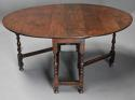 17thc oak gateleg table of good, versatile size with fine patina - picture 4