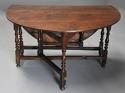 17thc oak gateleg table of good, versatile size with fine patina - picture 5