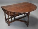 17thc oak gateleg table of good, versatile size with fine patina - picture 6