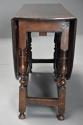 17thc oak gateleg table of good, versatile size with fine patina - picture 9