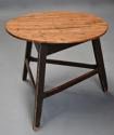 Mid 19th century ash cricket table with original painted base - picture 3