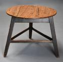 Mid 19th century ash cricket table with original painted base - picture 4