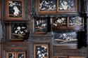 19thc highly decorative large Japanese Meiji period shodana cabinet - picture 8