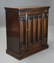 Late 19th century Gothic style oak cupboard - picture 5