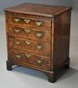 Extremely rare 18thc walnut chest of drawers in untouched condition - picture 1