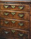 Extremely rare 18thc walnut chest of drawers in untouched condition - picture 10