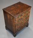 Extremely rare 18thc walnut chest of drawers in untouched condition - picture 6