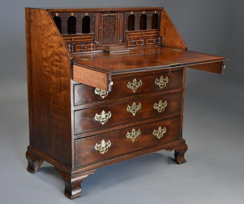 18thc mahogany bureau on ogee feet of fine patina & superb interior