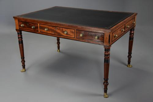 Large early 19thc Regency six drawer writing table of fine patina