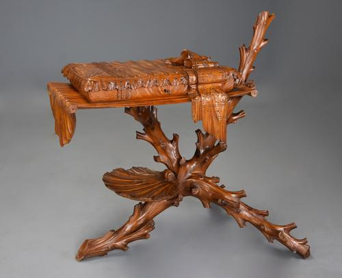 Superb rare late 19thc Italian finely carved pine Grotto work table