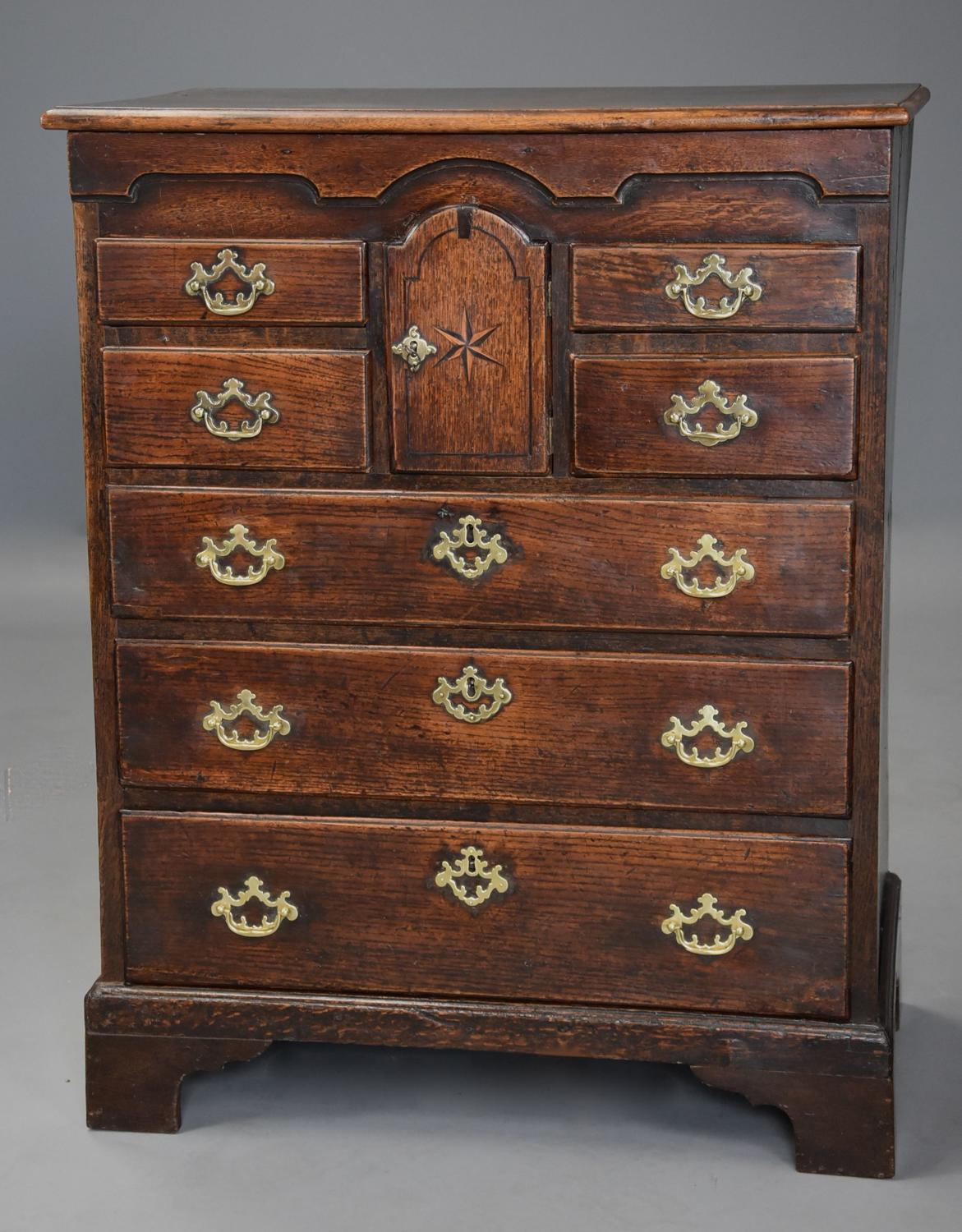 Superb 18th century oak Norfolk chest with excellent patina