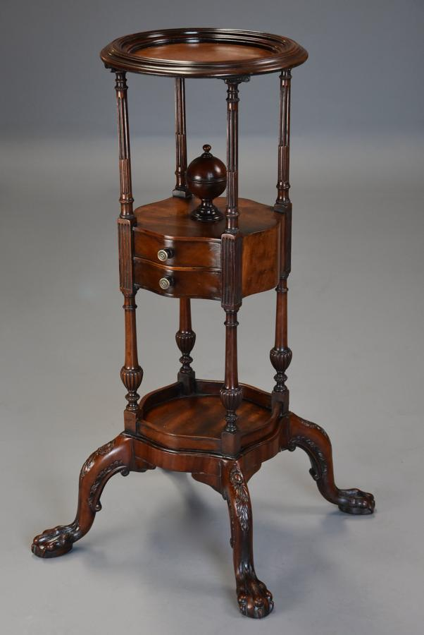 Fine quality mahogany gentleman's wash stand in the 18thc style