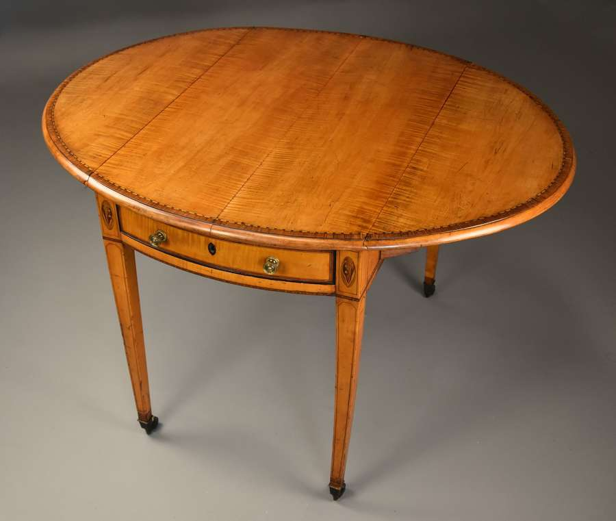 Rare late 18thc fiddleback sycamore Pembroke table of fine patina